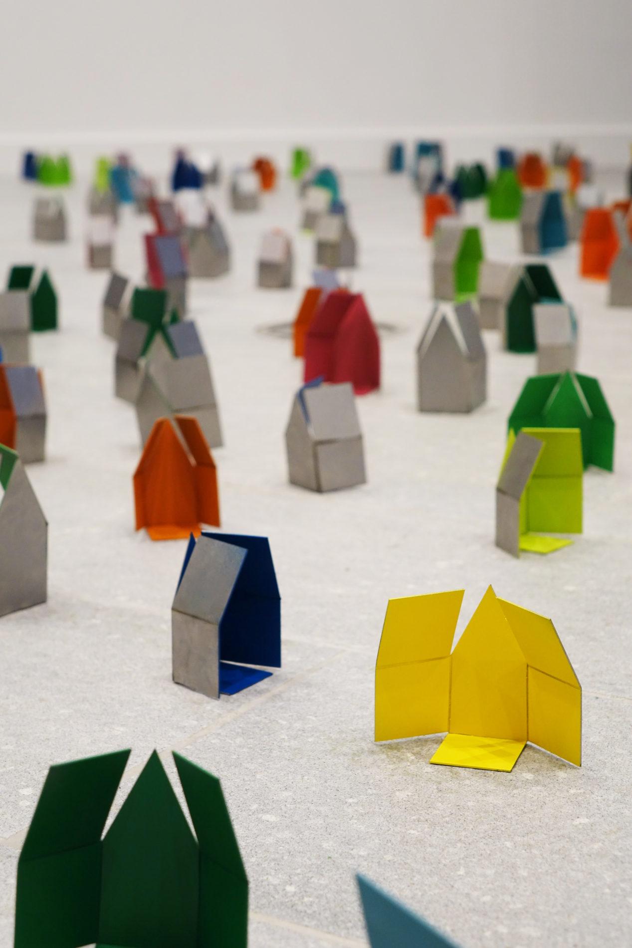 Sculptures maison pliées Vern Volume Guillaume Castel